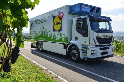 feature post image for E-LKW - 100'000 km durch die Schweiz
